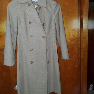 Cream light tweed winter coat